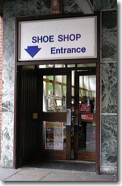 ノーザンプトンの安売り靴屋
