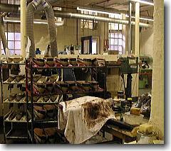 トリッカーズの工場内